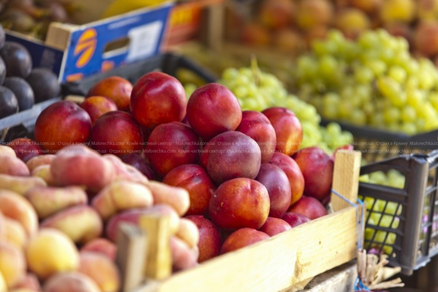 Сочные фрукты и вина Крыма в Малоречке