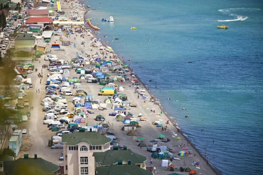 Пляж в поселке Рыбачье
