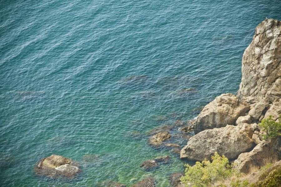 Кристально чистое море в Рыбачьем