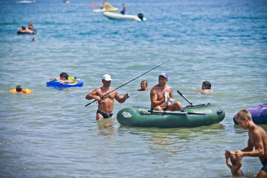 Катание на надувных лодках в Рыбачьем